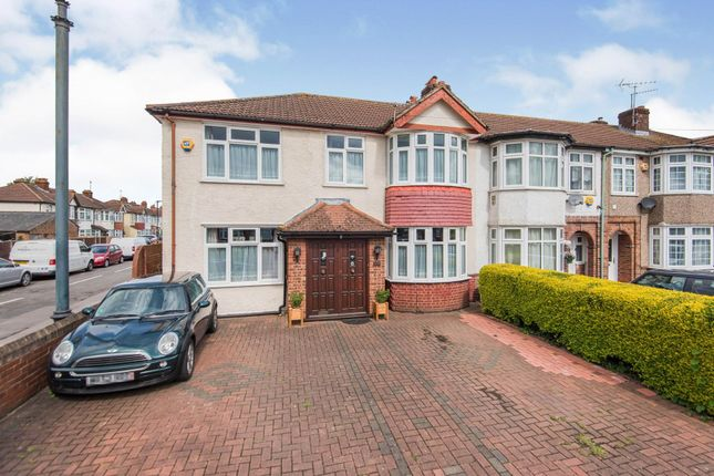 Thumbnail Semi-detached house for sale in Hatton Road, Feltham