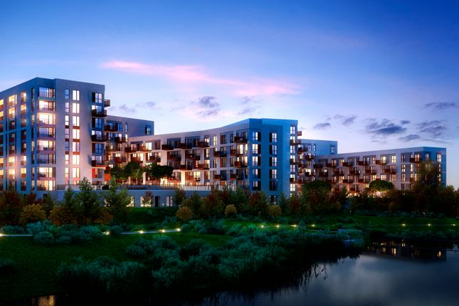 Thumbnail Flat for sale in Abbotsford Court, Lakeside Drive, Park Royal, London
