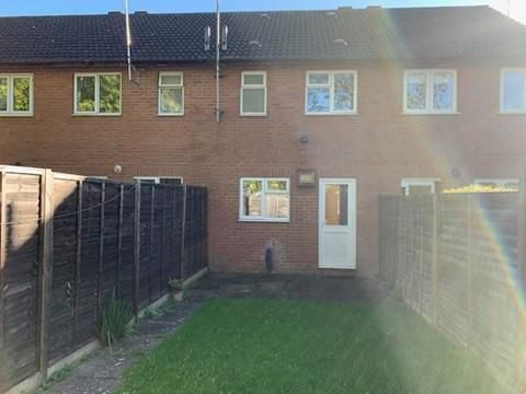 Thumbnail Property to rent in Foxcote Close, Redditch