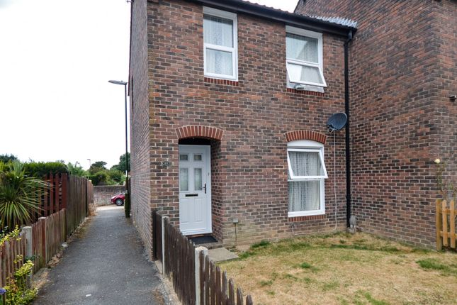 Thumbnail Semi-detached house to rent in Cousins Way, Pulborough