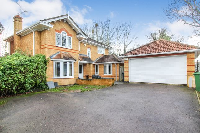 Thumbnail Detached house for sale in Vicarage Wood Way, Tilehurst, Reading