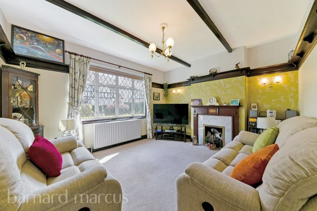 Thumbnail Detached house for sale in Demesne Road, Wallington