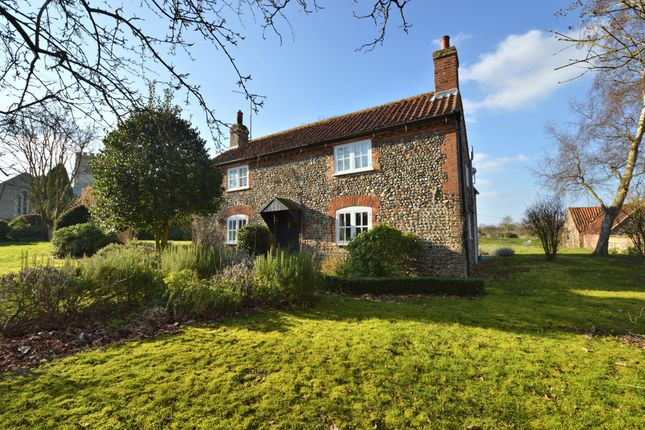 Thumbnail Cottage to rent in Hunworth, Melton Constable