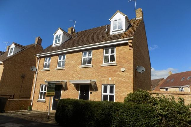 3 bed semi-detached house for sale in Mayfly Road, Swindon