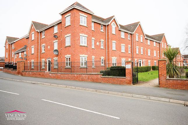 2 bed flat for sale in Watergate Court, Leicester