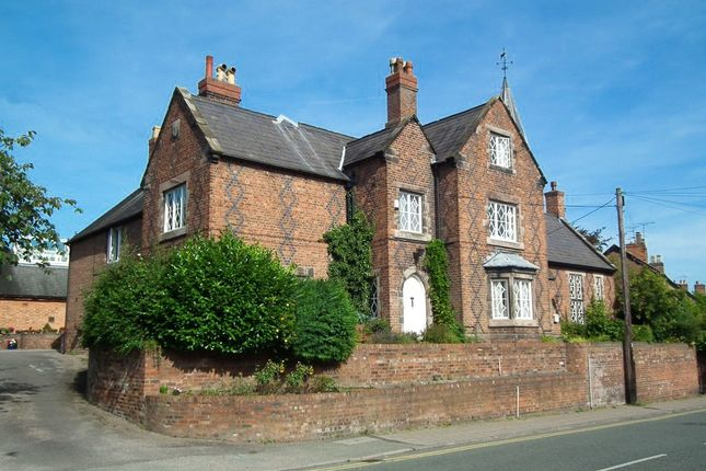 Thumbnail Flat to rent in Headmasters House, Welsh Row, Nantwich