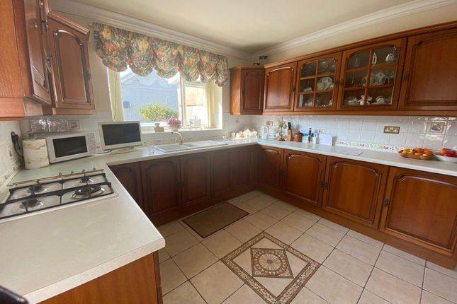 Kitchen of Bank Street, Penygraig, Tonypandy CF40