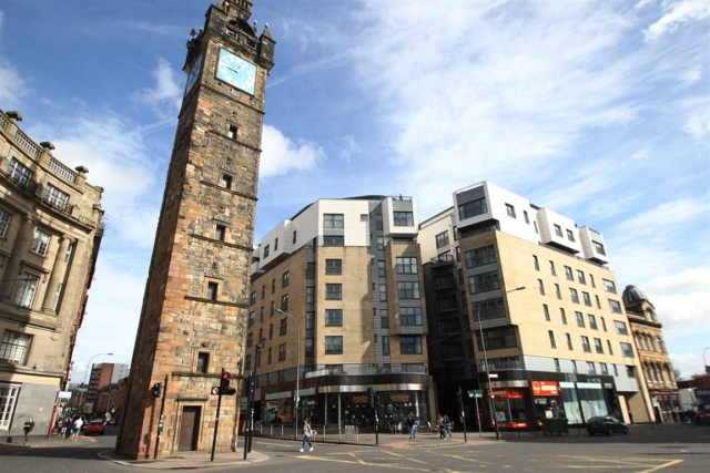2 bedroom flat to rent in High Street, Glasgow, 1Nl