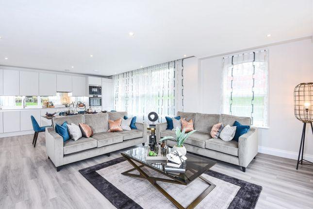 Thumbnail Flat for sale in Hampton Road, Teddington