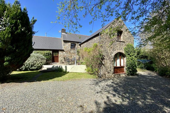 Thumbnail Cottage for sale in Smugglers Cottage, Dinas Cross, Newport