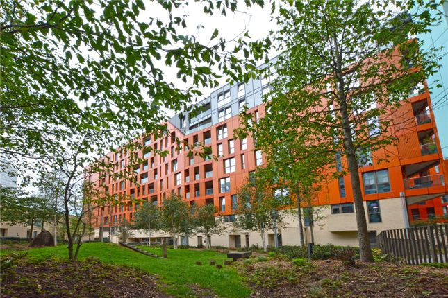 Picture No. 17 of Lariat Apartments, 36 Cable Walk, Greenwich, London SE10