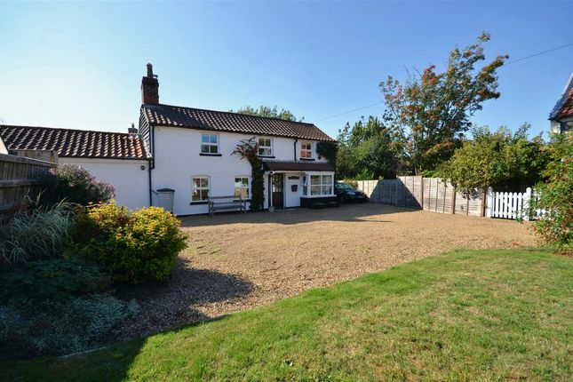 Thumbnail Cottage for sale in Mill Road, Reedham, Norwich