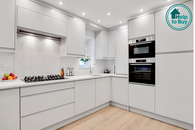 Thumbnail Flat for sale in Woodcote Valley Road, Purley