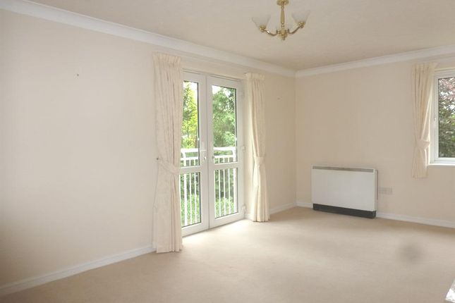 Thumbnail Flat for sale in Ella Court, Kirk Ella, Hull