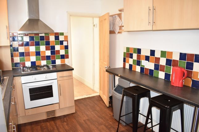 Thumbnail Terraced house to rent in Beatrice Road, Southsea, Hampshire