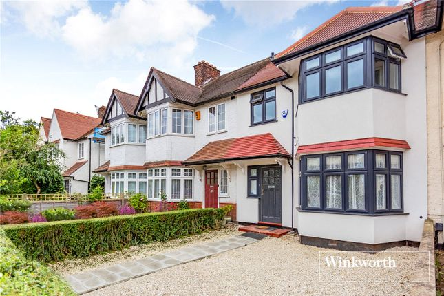 Picture No. 14 of Hervey Close, Finchley, London N3