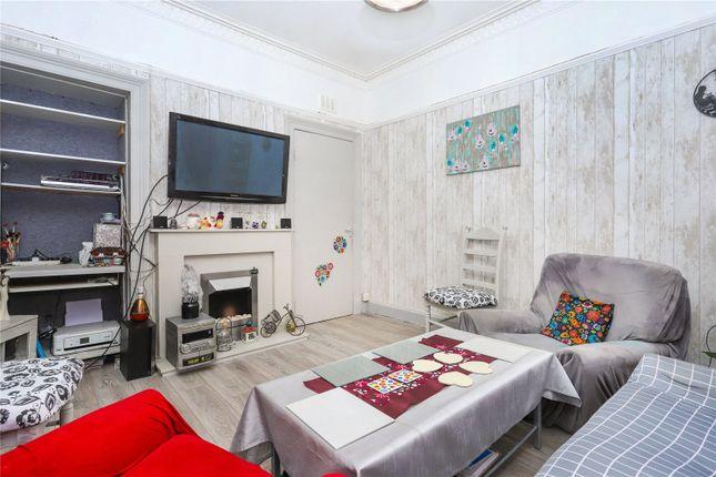 Lounge of Flat 2/2, Well Street, Paisley, Renfrewshire PA1