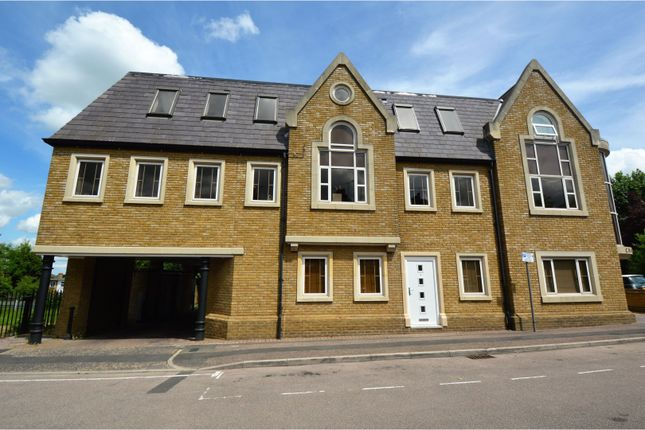 Thumbnail Flat for sale in Lorne Road, Brentwood