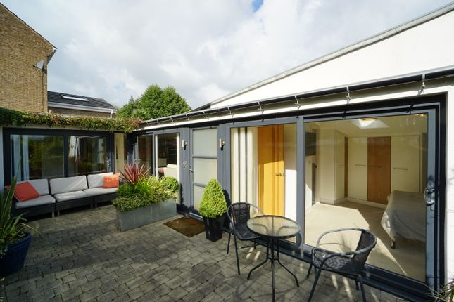 2 bed bungalow for sale in Providence Road, Walkley, Sheffield S6