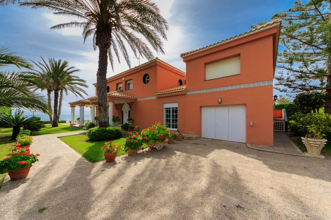 Thumbnail Villa for sale in Cabo Roig, Torrevieja, Alicante, Valencia, Spain