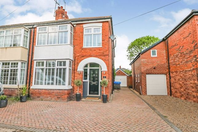 Thumbnail Semi-detached house for sale in Ferndale Avenue, Willerby, Hull