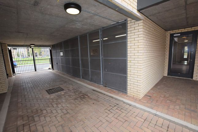 Gated Entrance of 10 Eythorne Road, Brixton / Oval SW9