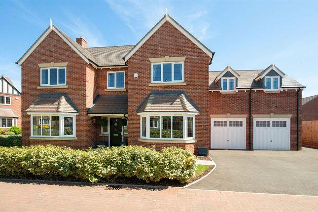 Thumbnail Detached house for sale in Buckingham Way, Stratford-Upon-Avon, Warwickshire