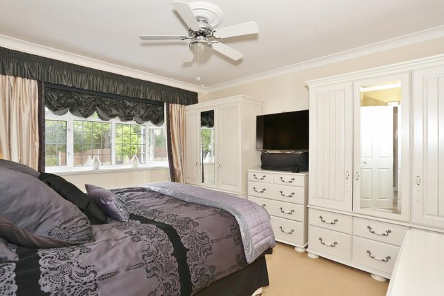 Bedroom 1 of Glenhurst Avenue, Bexley DA5