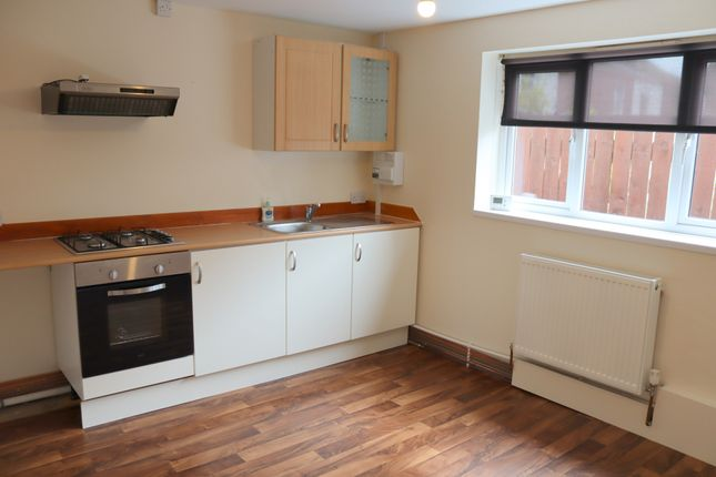 Studio To Rent In 350 Holderness Road Hull Hu9 Zoopla