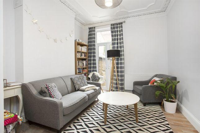 Thumbnail Flat to rent in Pennard Road, Shepherds Bush, London