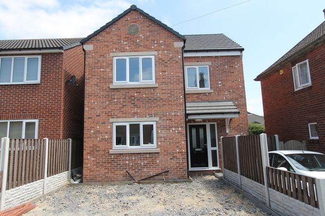 Thumbnail Detached house to rent in New Street, Mapplewell, Barnsley