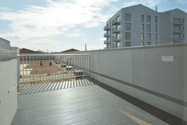 Terrace of Meranti Apartments, Deptford Landings, Deptford SE8