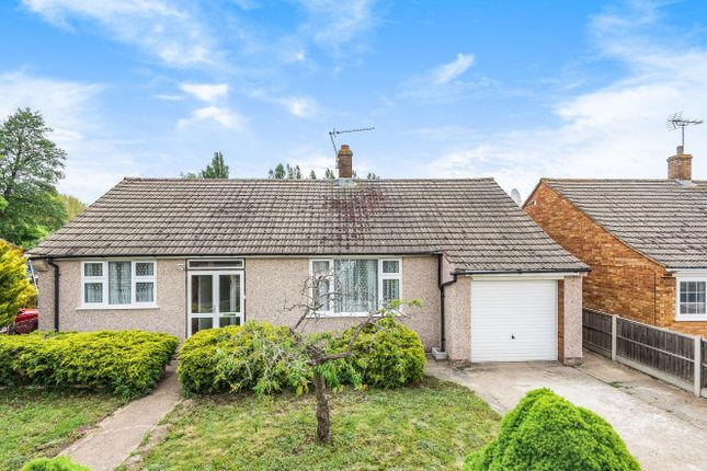 Thumbnail Bungalow for sale in Roseary Close, West Drayton