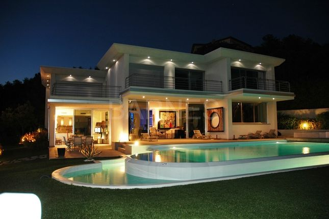 Thumbnail Property for sale in Les Issambres, 83380 Roquebrune-Sur-Argens, France