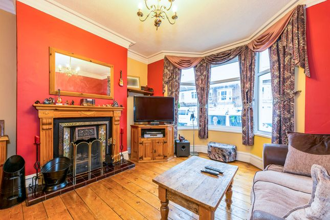 Thumbnail Terraced house for sale in Clarence Avenue, Queens Park, Northampton