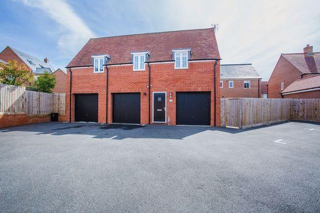 Thumbnail Property to rent in Bobbins Way, Buckingham