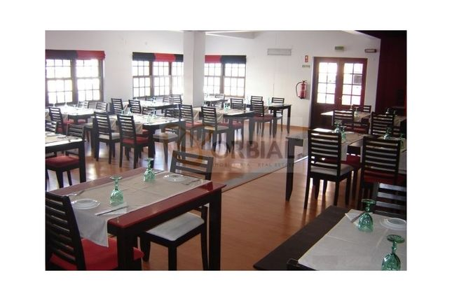 Thumbnail Restaurant/cafe for sale in Santa Eulália (Albufeira), Albufeira E Olhos De Água, Albufeira
