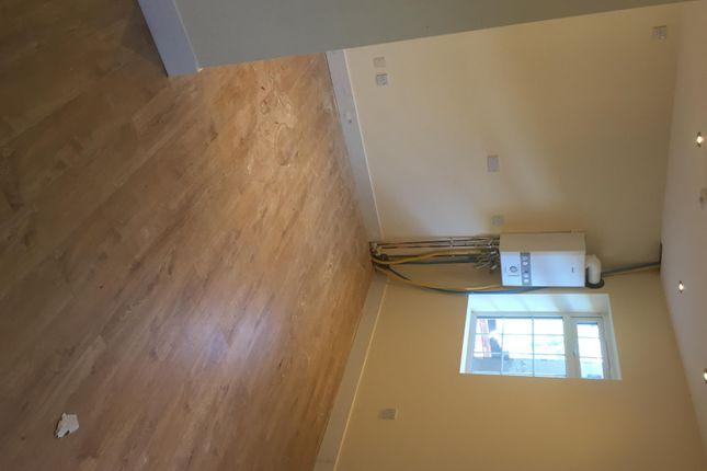 Thumbnail Flat to rent in Town Road, Edmonton
