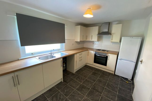 3 bed flat to rent in Mill Court, Rutherglen, South Lanarkshire G73