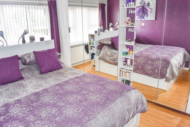Bedroom One of Jubilee Heights, Dromore BT25