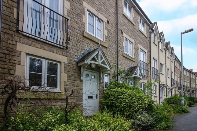 Thumbnail Property to rent in Waters Edge, Frome