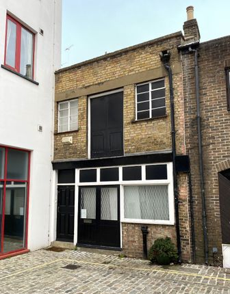 Office for sale in Grafton Mews, London