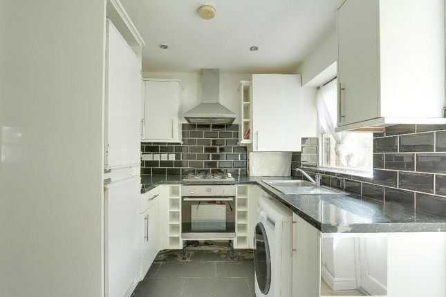 Thumbnail Flat to rent in Croxted Road, London