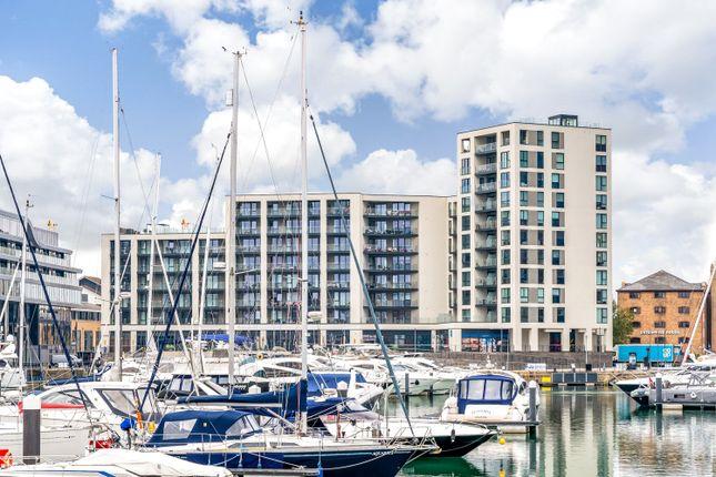 3 bed flat for sale in Maritime Walk, Ocean Village, Southampton SO14
