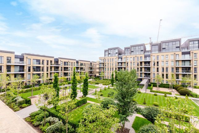 Thumbnail Flat for sale in Ravensbourne Apartments, Sands End