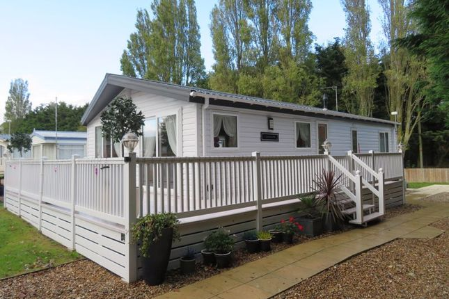 2 bed flat for sale in Church Lane, East Mersea, Colchester CO5