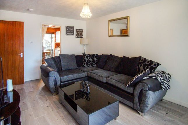 Lounge of Shelley Gardens, Dundee DD3