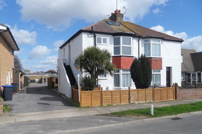 Thumbnail Flat to rent in 9A Roberts Road, Lancing