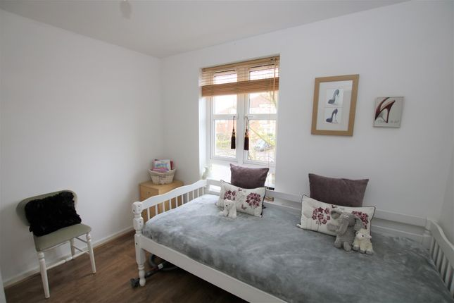 Bedroom 2 of Pitcairn Avenue, Lincoln LN2