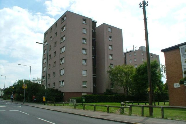 Thumbnail Property to rent in Brenthall Towers, Harlow, Essex